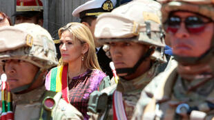 BOLIVIA PRESIDENTA 1 edit